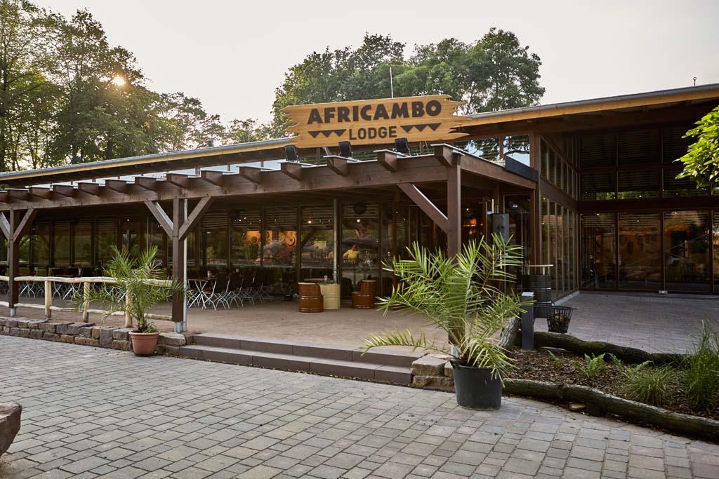 AFRICAMBO Lodge: Suedafrikanischer Braai am 27. Mai