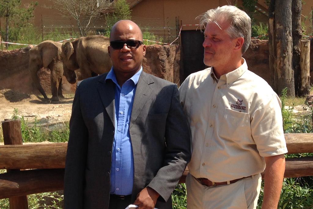 Botschafter Botswanas zu Gast im Zoo